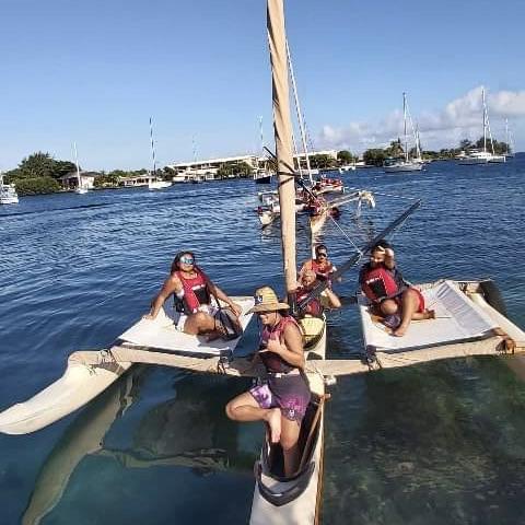 SORTIE A L'ECOLE DE PIROGUE A VOILE TRADITIONNELLE OSEA Vendredi 25 juin 2021 par les élèves du Lycée Don Bosco Tahiti